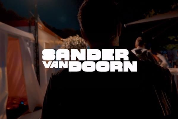 SANDER VAN DOORN @ PAROOKAVILLE